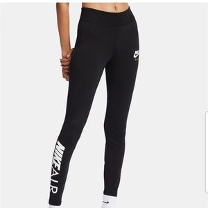 NWT Black Nike Air Original Graphic Logo Leggings